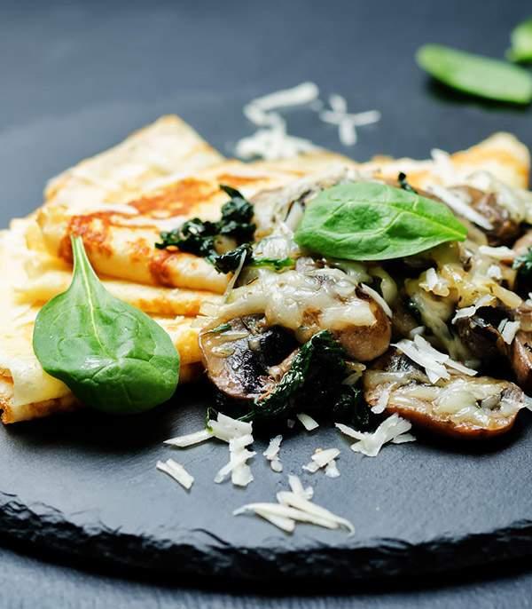 Crepe-de-champinones-espinacas-y-queso-recetas-IND